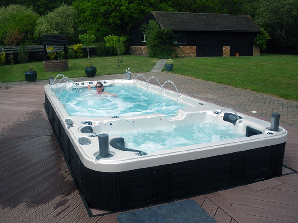 Catalina Hot Tubs And Swim Spas